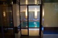 Вход в плавательный бассейн
